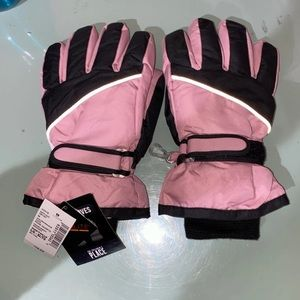 NEW The Childrens Place Gloves Size L/XL